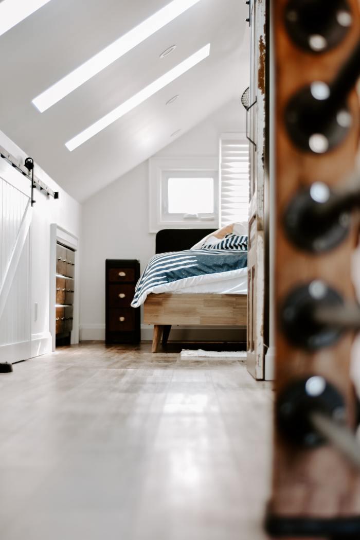 Mieszkanie dwupoziomowe i aranżacja sypialni